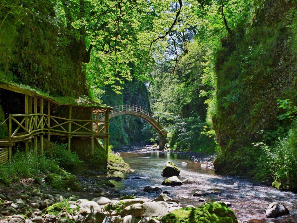 Gorges de la Jordanne Aurillac cantal Auvergne