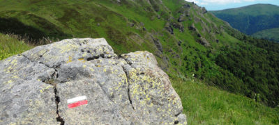 Sentier de grande randonnée GR400 Cantal