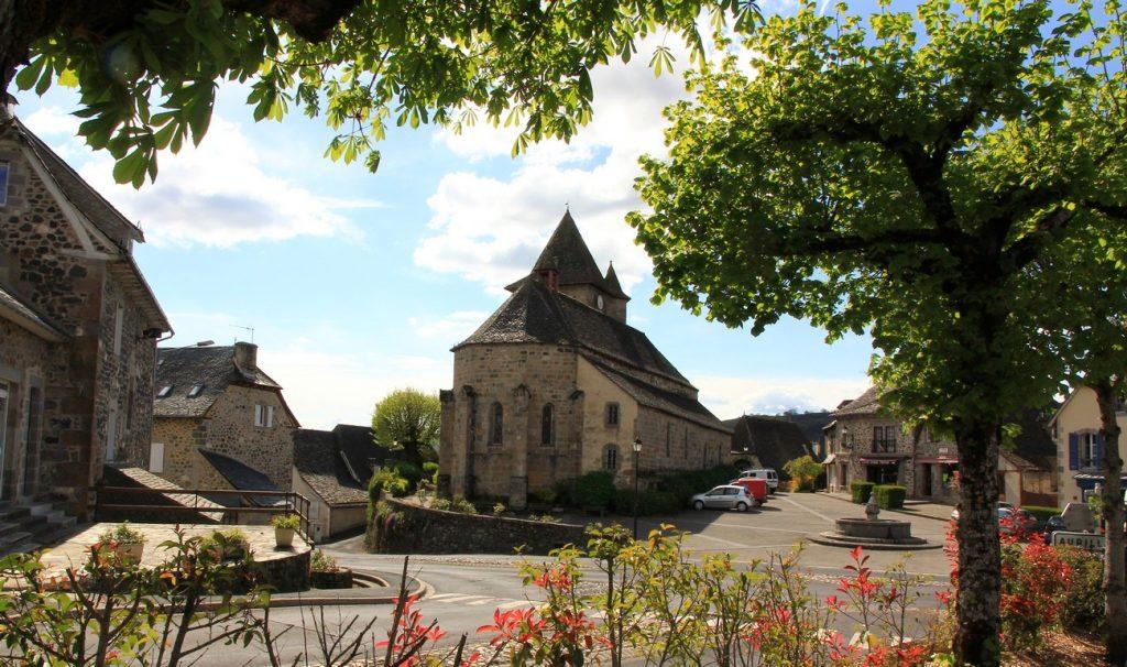 Eglise de Raulhac dans le Cantal