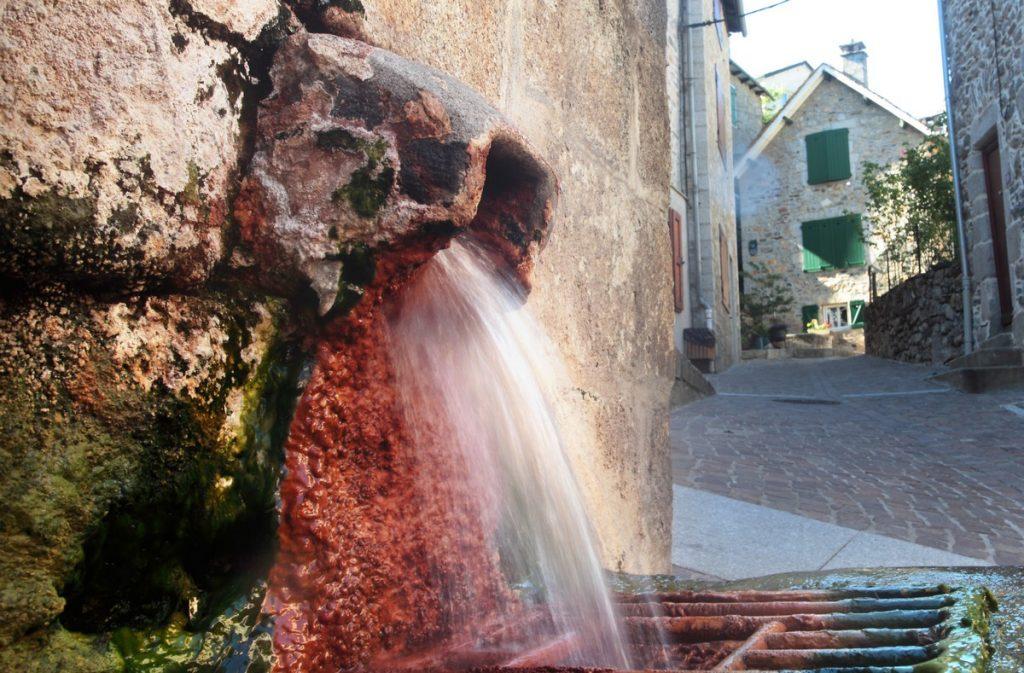 Source du Par à Chaudes Aigues Auvergne