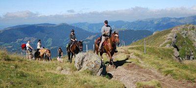 Rando cheval sur le volcan cantalien