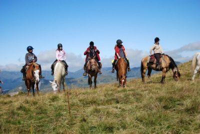 Randonnée à cheval en Auvergne