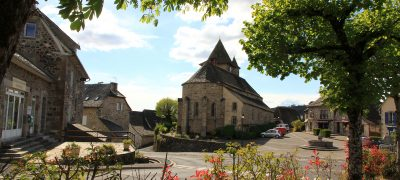 Eglise de Raulhac Cantal Auvergne