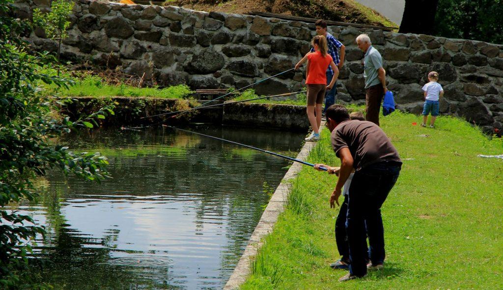 Etangs de Marfon pêche cantal auvergne famille enfants