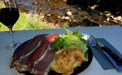 Gastronomie du Cantal truffade spécialités auvergnate