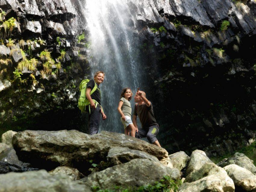 cascade-cantal-auvergne-faillitoux-carlades-thiezac