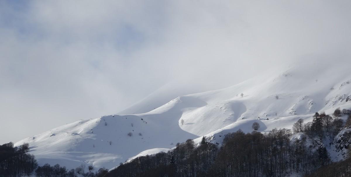 neige-griou-font-de-cere-lioran-cantal-auvergne