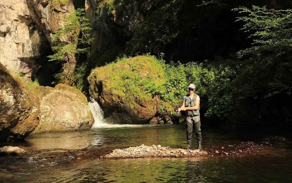 Peche à la truite dans le Cantal Pas de Cère