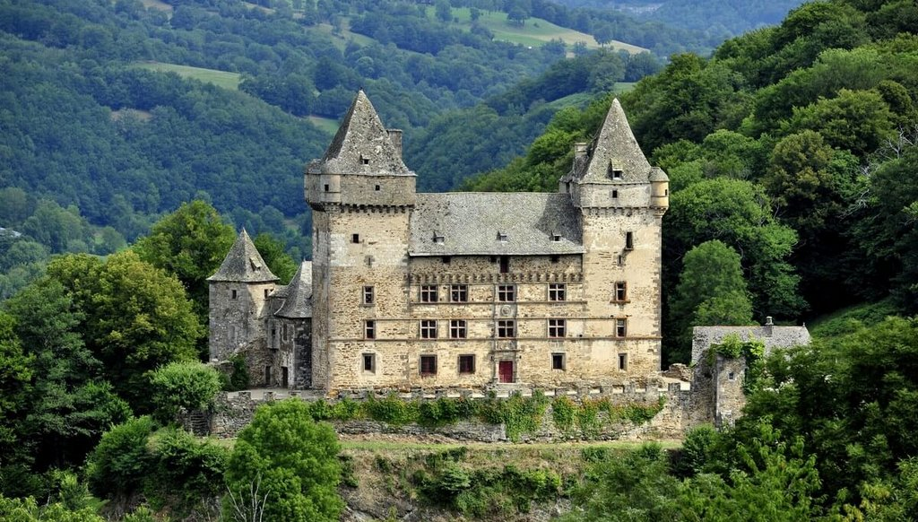 Chateau de Messilhac Raulhac Cantal