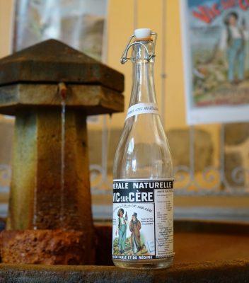 Vic sur cere maison des eaux minérales