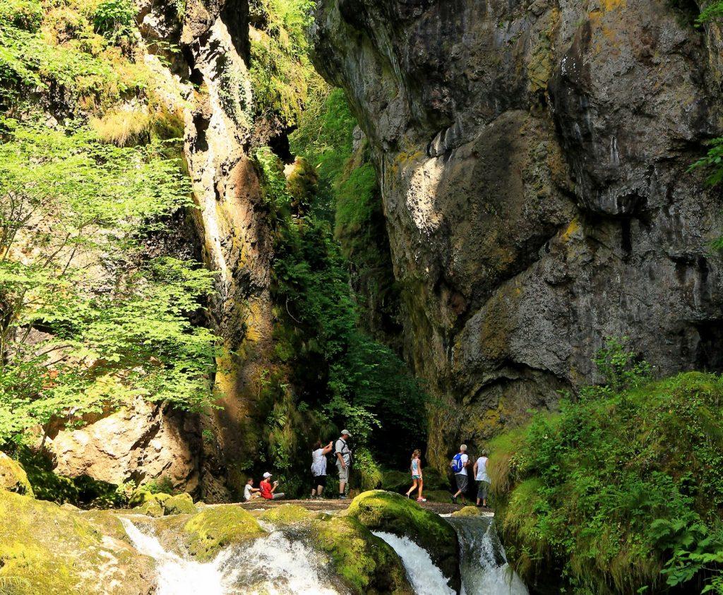 El paso de Cere Cantal Auvergne