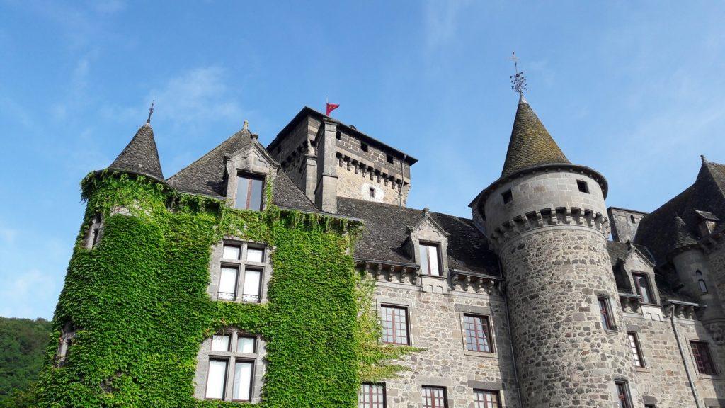 El Castillo de Pesteils Cantal Auvergne Francia