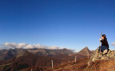 Se ressourcer dans le Cantal avec vue sur le Puy griou et le puy mary