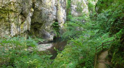3 gorges à découvrir dans le Cantal