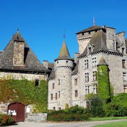 Château de Pesteils dans le cantal en Auvergne
