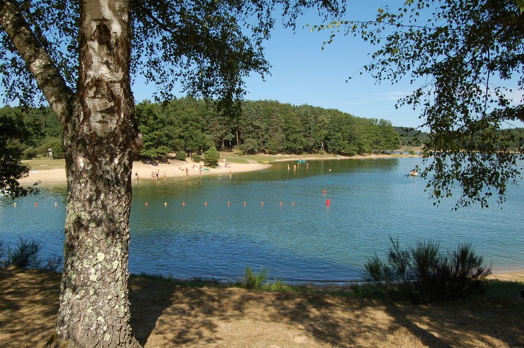 Barrage de St Etienne Cantales Cantal Auvergne